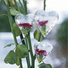 Julpyssel 3: Frys in blommiga ishjärtan