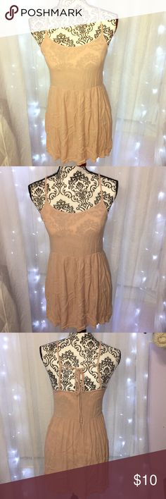 • d r e s s • 👗 EUC Super cute dress but too small for me. Wore once, IN MINT CONDITION! Blush dress!!  Super cute under any of the outwear sold in my closet! Bundle up to save more! Forever 21 Dresses Mini