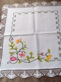 Cross Stitch Boarders, Cross Stitch Books, Cross Stitch Art, Cross Stitch Flowers, Cross Stitch Designs, Cross Stitch Patterns, Border Embroidery Designs, Embroidery Flowers Pattern, Embroidery Sampler