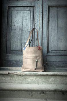 Fait main en cuir surdimensionné beige sac hobo vintage style collection Aline…