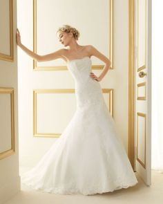 140 TERESA / Wedding Dresses / 2013 Collection / Luna Novias (Shown without Straps)