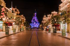 Disneyland Resort Paris is an amazing place, with several hotels, two parks, and more. This guide covers what you need to know before heading to Disneyland