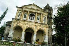 Ethereal Dauis Church in Bohol before it was damaged by the earthquake. Photo by Jaie Principe Pimentel Earthquake Damage, Bohol, Old Churches, Cebu, Pinoy, Ethereal, Mansions, Architecture, House Styles