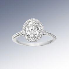 Elegant Oval Cut Diamond Engagement Ring in White Gold