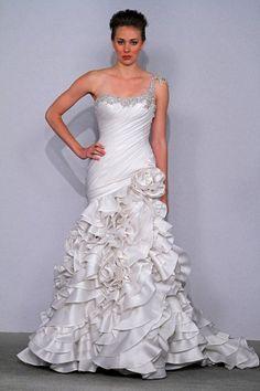 #Pnina Tornai shoulder dresses #2dayslook #new style #shoulderdresses www.2dayslook.com