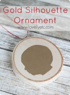 Quick and easy handmade gold silhouette Christmas ornament - a perfect keepsake!