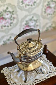 Exploring the ghost house Old Tea Pots, Ghost House, New Hospital, Victorian Fashion, Pretoria, Castle, History, Historia, Castles