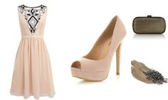 Cute wedding guest outfit