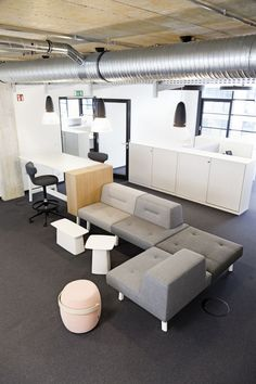 Ophelis Docks @ Sony Music - Envoy Furniture - Commercial Office Furniture & Lighting