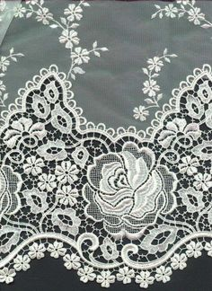 Border Embroidery Designs, Cutwork Embroidery, Hand Work Embroidery, Embroidery Stitches, Paper Lace, Lace Fabric, Lace Patterns, Textile Patterns, Embroidery On Clothes