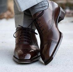 Leather Wingtip Dress Shoes - The only shoes that matter - Zapatos Oxford Shoes Outfit, Suit Shoes, Casual Shoes, Shoes Men, Men's Dress Shoes, Dress Clothes, Best Shoes For Men, Formal Shoes For Men, Finsbury Shoes