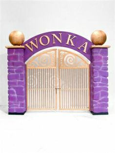 #WillyWonka Factory Gates prop for #candyland themed #party