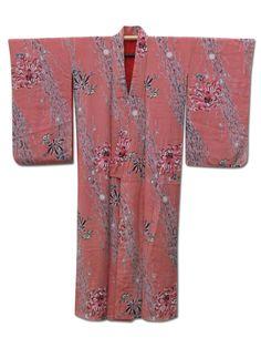 ☆ New Arrival☆ 'Cascade' #salmonpink #silk #vintage #Japanese #kimono with #chrysanthemum from #FujiKimono http://www.fujikimono.co.uk/fabric-japanese/cascade.html