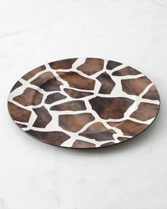 H75BL Four Giraffe Charger Plates