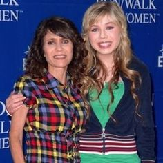 Debra McCurdy, Mother Of 'iCarly' Star Jennette McCurdy, Dies From Breast Cancer, T.