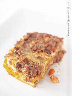 Lasagne al ragù e crema di ricotta al limone