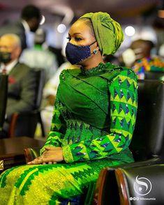 African American Fashion, African Fashion Skirts, African Maxi Dresses, African Print Fashion, Unique Ankara Styles, Kente Styles, African Wear, African Attire, African Traditional Wear