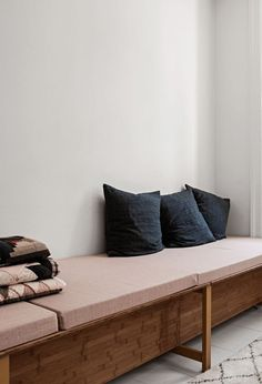 Minimal matress sofa and same cushion covers
