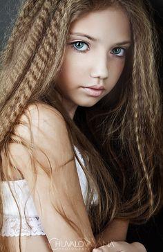 Fashion Kids. Анастасия Логвинова. Фотогалерея: Яна Чувалова