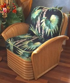Art Deco Fan Arm Rattan Club Chair with Full Swing Tropical Palm Barkcloth ~ Golden Girls Style Girls Furniture, Furniture Decor, Old Hollywood Bedroom, Golden Girls House, Florida Style, Furniture Showroom, Girl Decor, Take A Seat, Selling Art