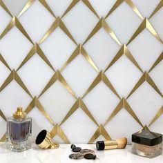 Blue Mosaic Tile, Mosaic Tile Designs, Marble Mosaic, Mosaic Glass, Tile Mosaics, Mosaic Patterns, Tile Art, Wall Tiles, White Kitchen Backsplash
