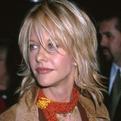 20 Stylish Meg Ryan Hairstyles Collection 2015 - London Beep  #megryanhairstyle #hairstyles #2015