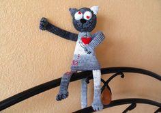Амигуруми: Влюбленный кот. Бесплатная схема для вязания игрушки. FREE amigurumi pattern. #амигуруми #amigurumi #схема #pattern #вязание #crochet
