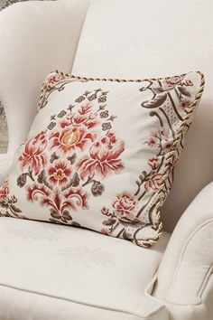 Get ready to be stunned by this gorgeous rope-trimmed pillow, with large pink bouquet pattern woven in the middle surrounded by curvy vines. It will be a perfect addition for your living room, lounge or bedroom. http://www.celuce.com/p/94/la-traviata-pillow-case
