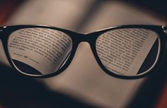 Everything You Need to Know About Short-sightedness Treatment: Most people prefer to wear glasses or contact lenses, while others opt for Lasik surgery. Beatles, Pasado Simple, France Culture, Natural Language, Book Folding, Dyslexia, Stay Focused, Reading Glasses, To Focus