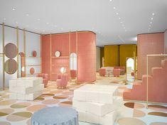 French Architect India Mahdavi designs the first RED Valentino store in London (via Dezeen) Boutique Interior, Retail Interior, Best Interior, Design Furniture, Luxury Furniture, Valentino Store, Valentino Red, Home Modern, Art Deco Stil