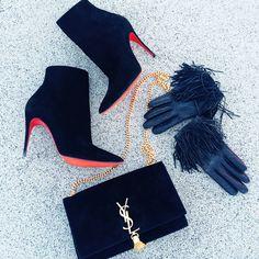 Brooklyn Blonde-#6. Boots: Louboutin | Bag: Saint Laurent | Gloves: Intermix