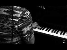 ▶ SILVA - 2012 (piano e voz) - YouTube