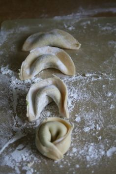 How to make your own tortellini and recipe for Minted pea and goats cheese pasta filling
