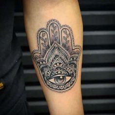 Männer fatima hand tattoo Hamsa (Die