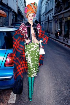 Rosie Huntington Whiteley, Naomi Campbell, Karolina Kurkova Pose for Harpers Bazaar Story