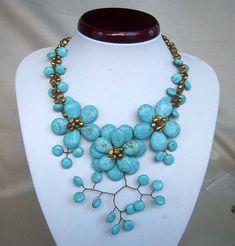 pearl necklacebeadwork necklacebib por audreyjewelry en Etsy, $33.50