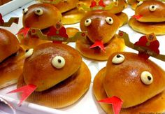 Snake shaped pork buns for red egg and ginger party.