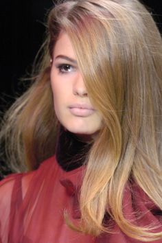 Cameron Russell - she looks like a doll