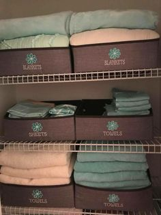 Organized Closet - Thirty One Your Way Display Bins - How amazing is this linen closet! Thirty One Your Way Display Bins. Love an organized closet. Girls Room Organization, Thirty One Organization, Small Bathroom Organization, Linen Closet Organization, Organizing Life, Organization Ideas, Bathroom Ideas, My Thirty One, Thirty One Bags