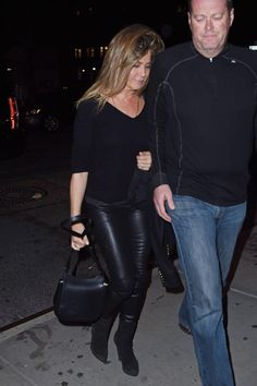 Pin for Later: Jennifer Aniston Never Wore These Pants — Until Justin Theroux Came Along In a Hot Look-at-Me Leather Style