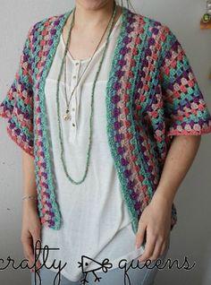 Ideas crochet poncho with arm holes granny squares Pull Crochet, Crochet Coat, Crochet Jacket, Crochet Cardigan, Love Crochet, Crochet Scarves, Beautiful Crochet, Diy Crochet, Crochet Shawl