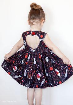 Sweetheart Dress PDF Sewing Pattern, j'aime vraiment ce patron qui ressemble un peu à ceux de deer and doe pour femme!