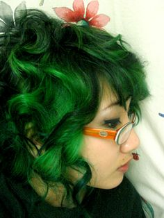 """April Fool Romance: Unnaturally Colored Hair Dye Review - Iguana green from special effects""  This is the color green I might dye my hair. I think I can rock it. All I need is the right hair cut."