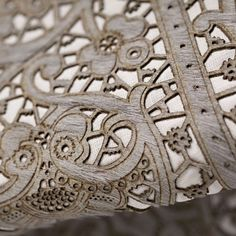 Mojave Moroccan Lace Heather Gray Leather