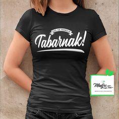 #tabarnak #québec #québécois #tshirt Creation T Shirt, Funny French, Love Shirt, Raglan, Shirts With Sayings, Black Print, Funny Shirts, All Black, Screen Printing