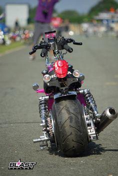 Honda Monkey exclusive Parts Small Motorcycles, Ducati Motorcycles, Tracker Motorcycle, Motorcycle Art, Custom Street Bikes, Custom Bikes, Mini Moto, 50cc Moped, Scooter Custom