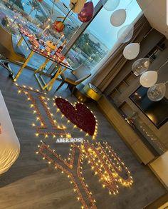Romantic Valentines Day Ideas, Romantic Date Night Ideas, Romantic Dates, Romantic Room Decoration, Romantic Bedroom Decor, Cute Boyfriend Gifts, Surprise Boyfriend, Birthday Room Decorations, Balloon Decorations