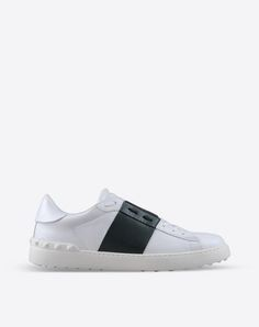 buy online 8c2e0 1a23e Valentino Online Boutique - Valentino Men Shoes Valentino Garavani,  Valentino Men, Valentino Online,