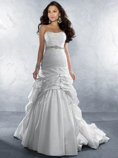 Romantic Semi-Sweetheart Neckline Strapless Beading  Tafffeta Wedding Dress
