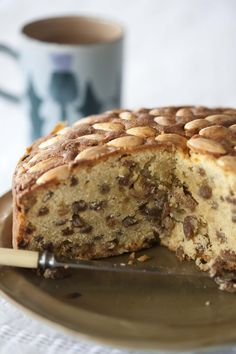 The Dundee cake proudly bears a wreath of golden almonds, like an insignia, denoting its authority in the fruit cake world. Its origins are linked with the early Scottish marmalade industry. The Keiller family – pioneering and resourceful marmalade-makers – used factory downtime to make this legend of the Scottish tea table. The original recipe used only sultanas and lots of orange peel. J. Burton-Sanigar